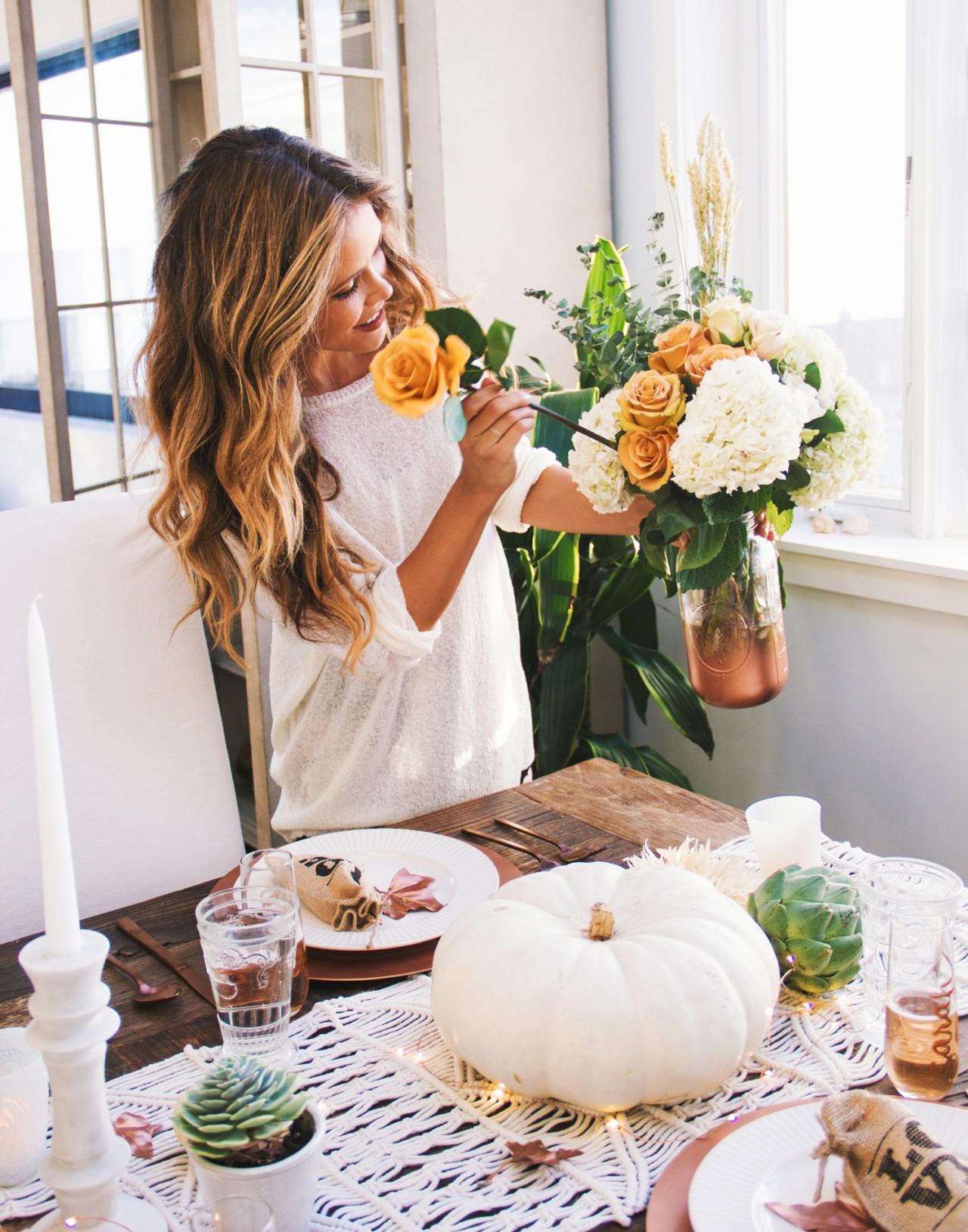 tone-it-up-thanksgiving-table-decor-katrina
