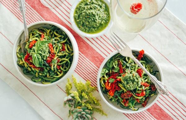 Zucchini-Pasta-healthy-pesto-Tone-It-Up-1