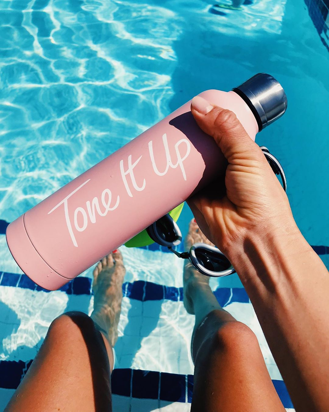 Get healthy hydration tips from Tone It Up to boost your metabolism and energy.